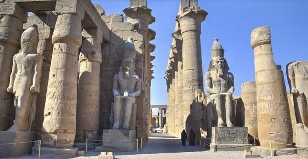صورة السياحة في الأقصر وأهم المعابد الموجودة بها