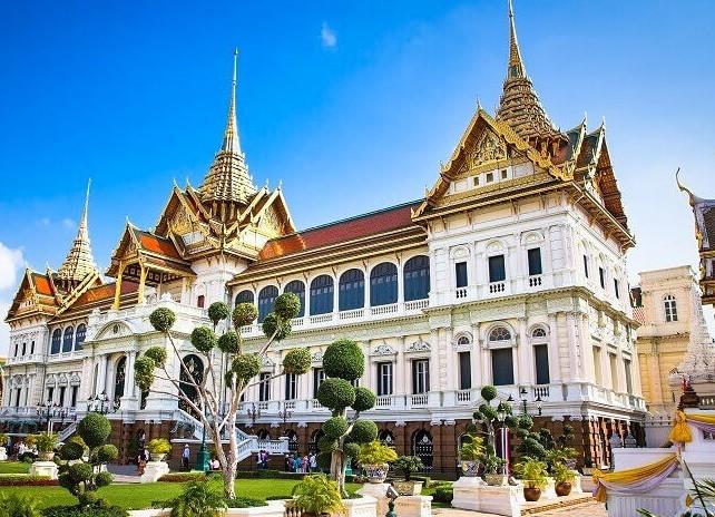 صورة السياحة في بانكوك تجمع بين الماضي والحاضر