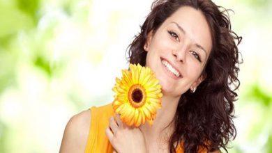صورة ترطيب ومحاربة حب الشباب..أبرز فوائد زيت عباد الشمس للبشرة