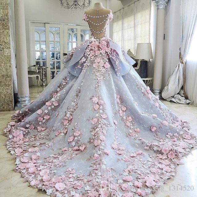 فساتين الزفاف الملونة
