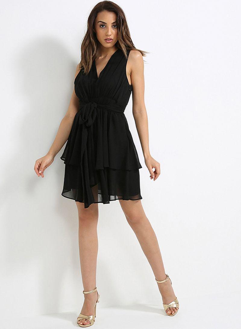 فستان جورجيت قصير أسود