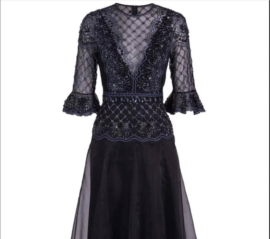 فستان من الأورجانزا