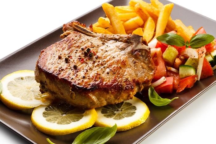 لحم بالبصل والبطاطس