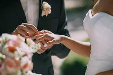 تفسير حلم الزواج للعزباء